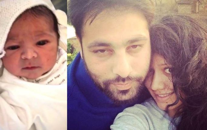 Badshah with family