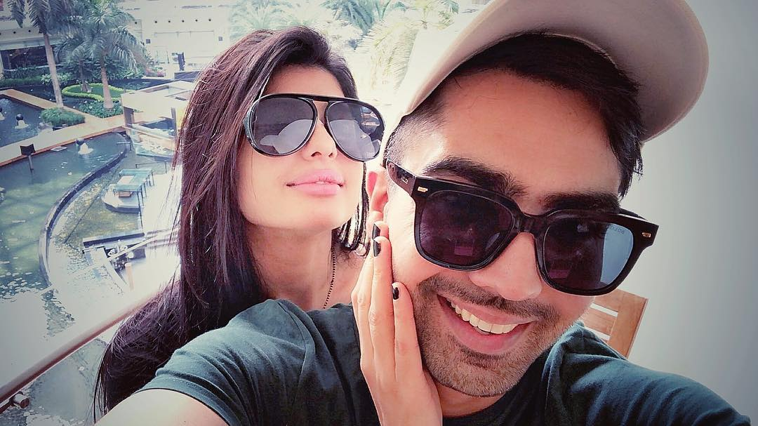 Hardy Sandhu with his wife