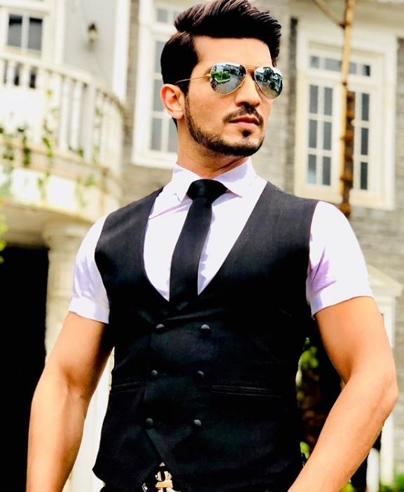 Arjun Bijlani Fashion