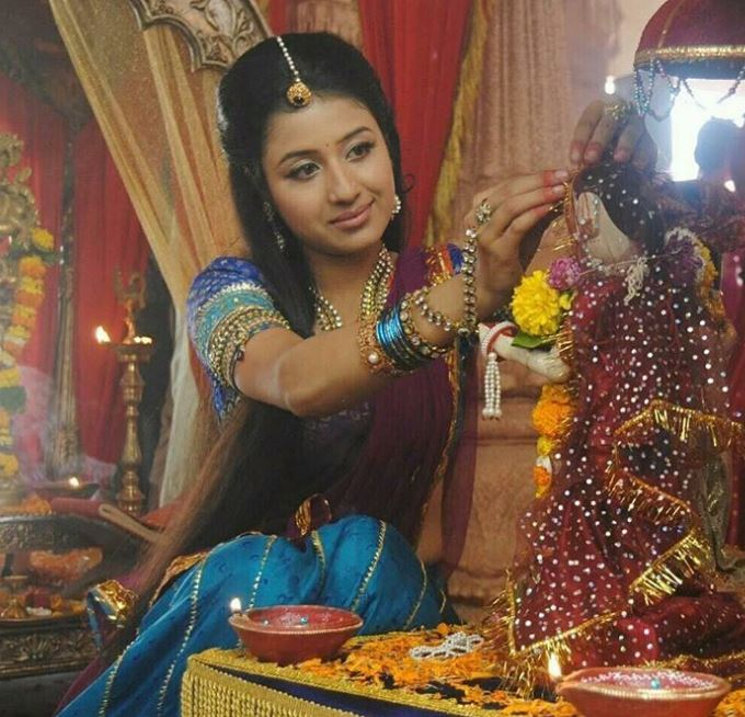 Paridhi Sharma acting